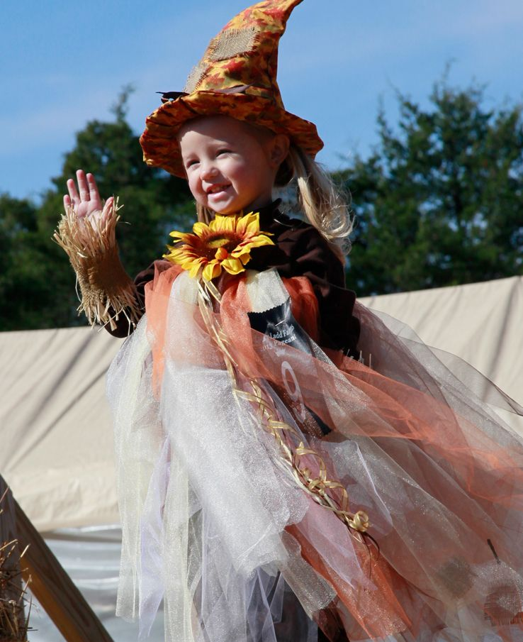 Fall Fun Costume Pageant for kids at Lucky Ladd Farms corn maze and pumpkin patch located near Nashville TN